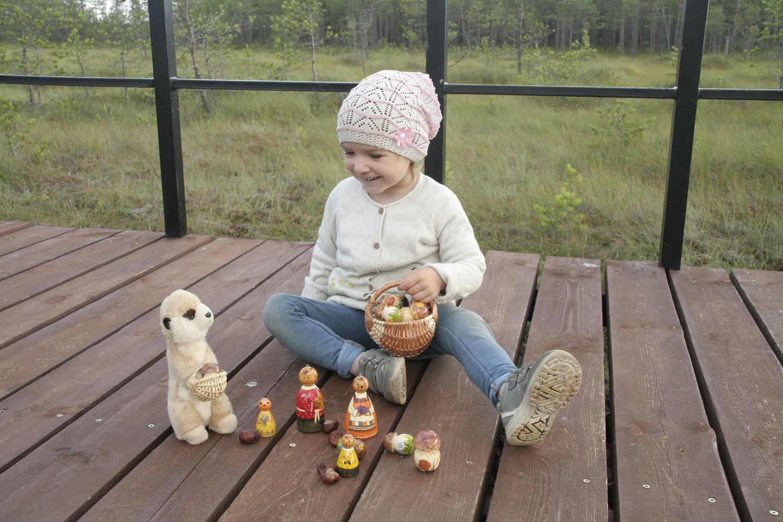 Фото №1 к отзыву покупателя Vesna о товаре Музыкальный шар-неваляшка из дерева с автор. росписью