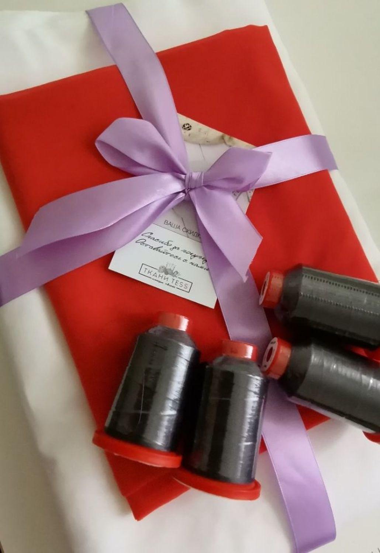 Photo №1 к отзыву покупателя NATALIYA BELOVA о товаре Нить оверлочная полупрозрачная SERALENE 2000м and 2 more items