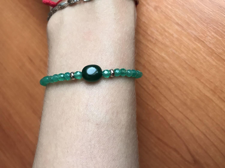 Photo №1 к отзыву покупателя Kristina о товаре Тонкий браслет с хризопразом и агатом