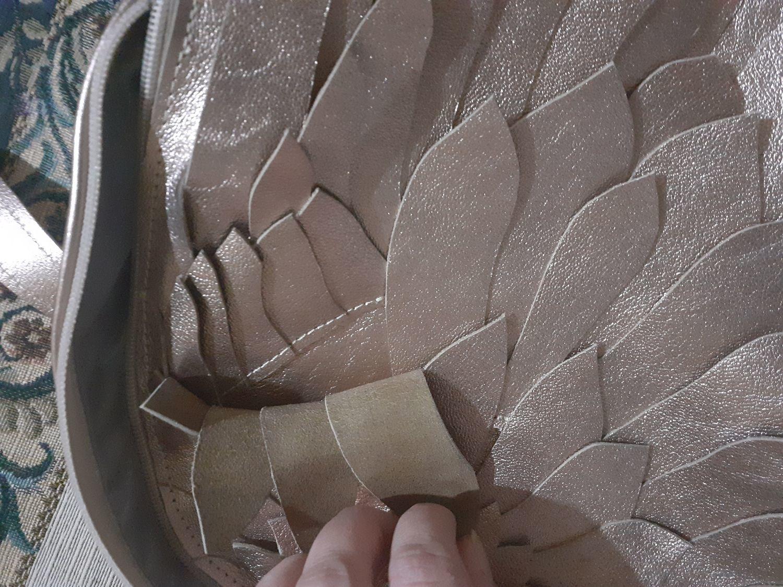 Фото №3 к отзыву покупателя Софи о товаре Рюкзак Крылья Лотос розовое золото