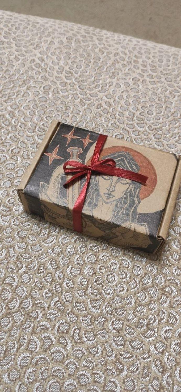 Photo №1 к отзыву покупателя Elizaveta о товаре Дополнительная подарочная упаковка ваших изделий and 1 more item