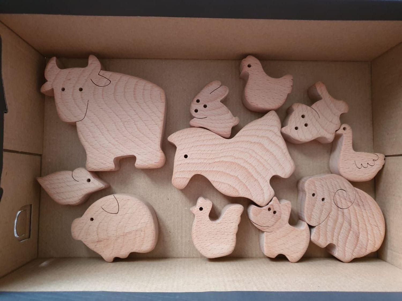 Фото №4 к отзыву покупателя Оксана о товаре Домашнии животные базовый набор 11 фигурок некрашенные