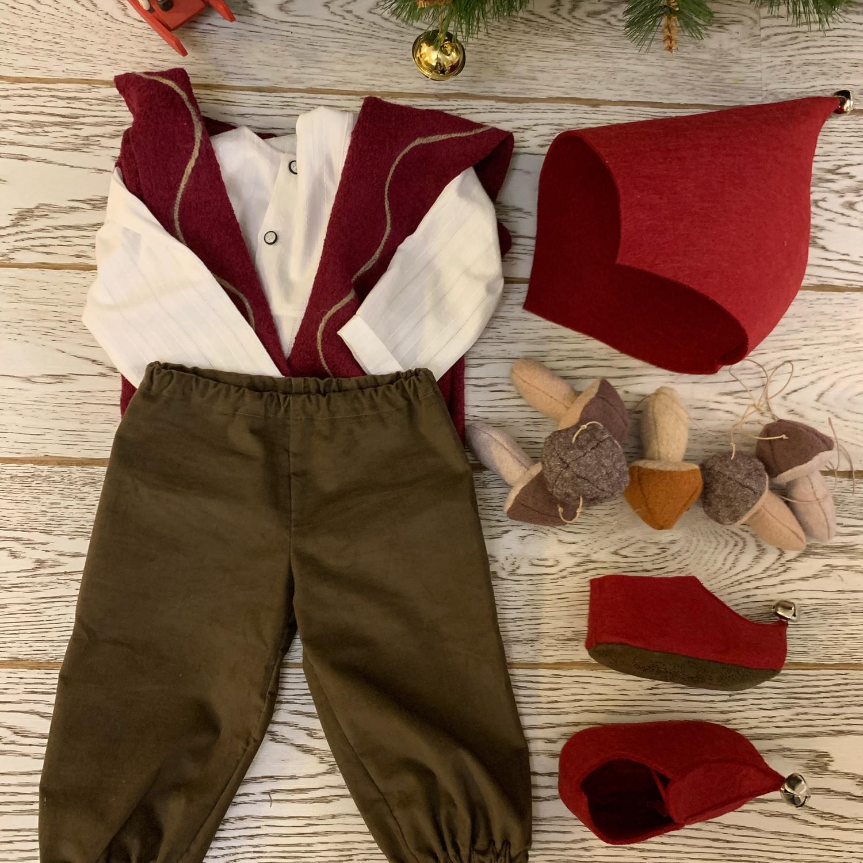 Фото №1 к отзыву покупателя Андрей Абашидзе о товаре Гномик карнавальный костюм для мальчика новогодний гном , фотосессия