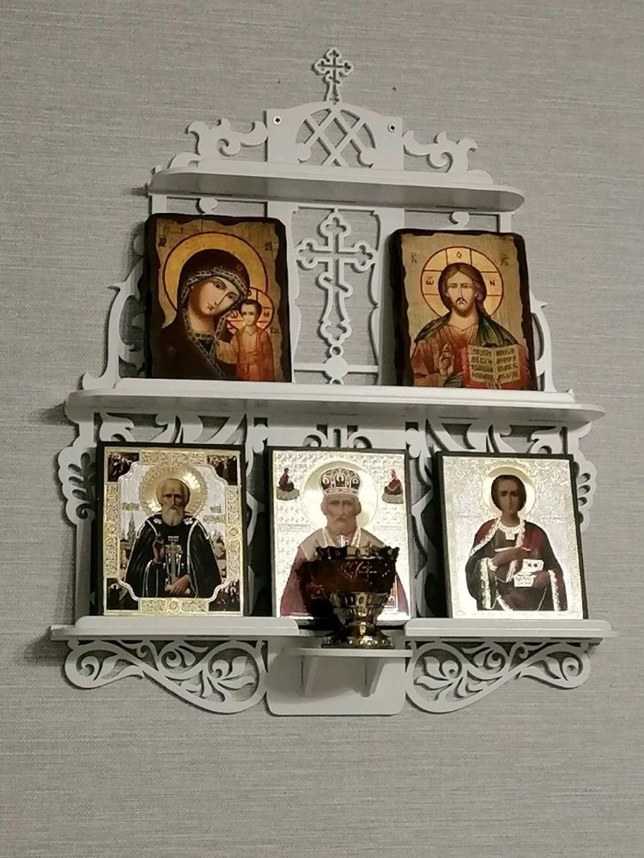 """Photo №1 к отзыву покупателя Tatyana о товаре Полка для икон """"Белые голубки"""""""