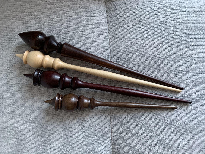Photo №1 к отзыву покупателя Veronika Shepelenko о товаре Set of wooden support spindles made of cedar 4 pieces BN6