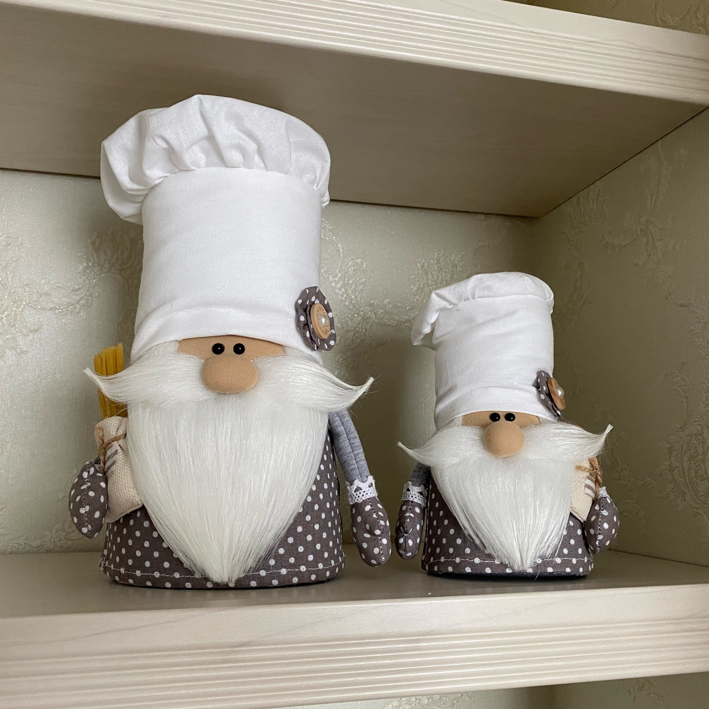Фото №1 к отзыву покупателя Елена  о товаре Декор в стиле Тильда: Гномы! Повар с поварёнком!