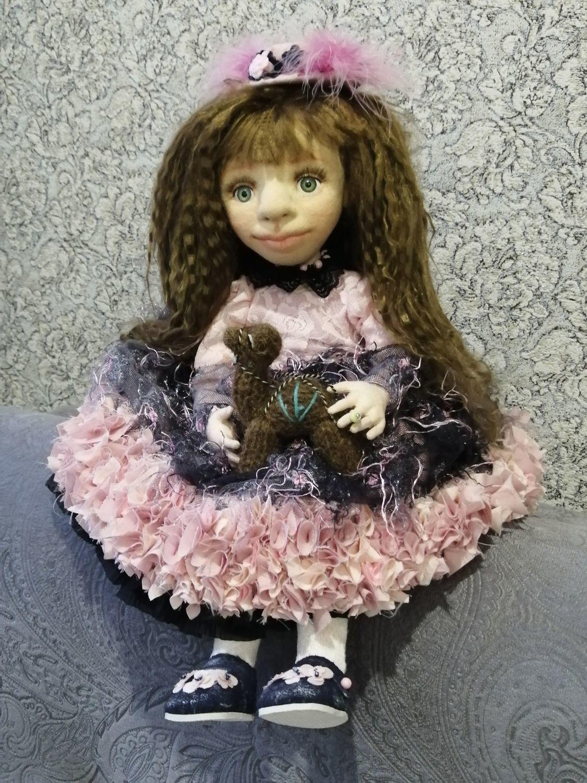 Photo №2 к отзыву покупателя Marina о товаре Кукла коллекционная Николь