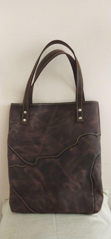 Photo №2 к отзыву покупателя Ekaterina о товаре Сумка-тоут: Лоскутная сумка, натуральная кожа, крейзи хорс.