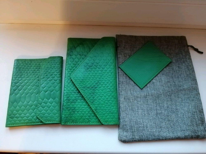 Photo №2 к отзыву покупателя Koroleva Elena о товаре Обложка для паспорта FLAP and 1 more item