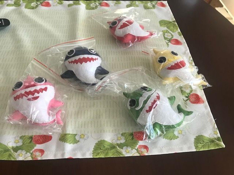 Фото №1 к отзыву покупателя Катешова Мария о товаре Семья акул Baby Shark