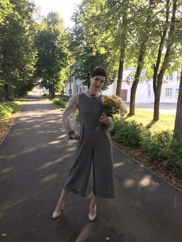 Фото №2 к отзыву покупателя Светлана о товаре Модный комбинезон в клетку