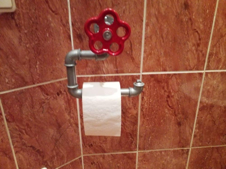 Фото №1 к отзыву покупателя Петровский Юрий о товаре Держатель туалетной бумаги в стиле лофт, индастриал, стимпанк