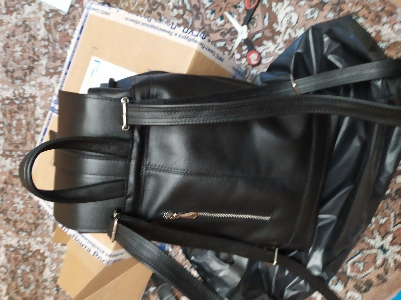 Photo №1 к отзыву покупателя Nina о товаре Рюкзак кожаный городской 70
