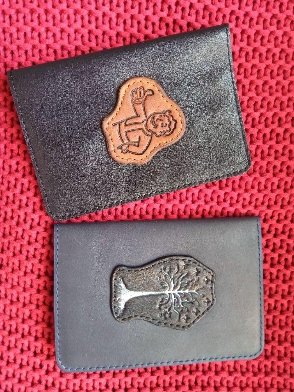 Фото №1 к отзыву покупателя Айсель Салахова о товаре Обложка для паспорта «Волт-Бой» и еще 1 товар