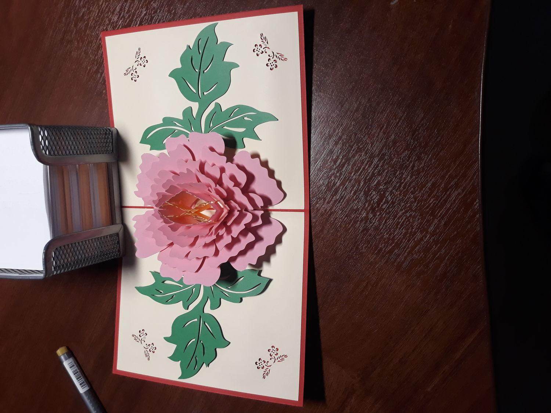 Фото №1 к отзыву покупателя Кузьмин Сергей о товаре Цветок Пион - 3D открытка ручной работы
