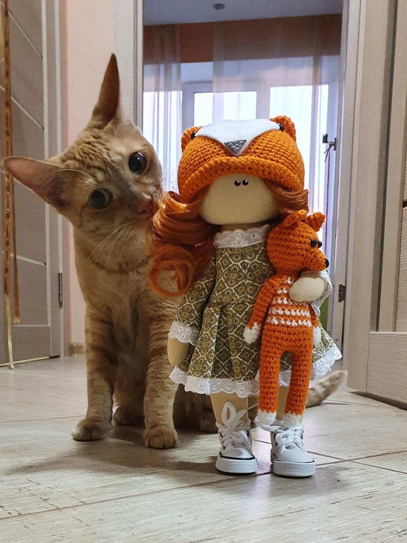 Фото №1 к отзыву покупателя Юлия о товаре Текстильная кукла ручной работы лисичка