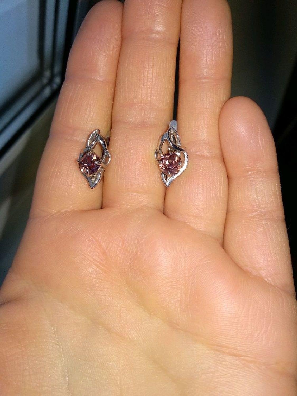 Фото №2 к отзыву покупателя Юлия о товаре Винтаж: Серьги александрит серебро винтажный стиль