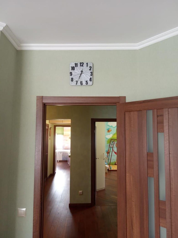 Photo №1 к отзыву покупателя Natalya о товаре Часы детские настенные Пчелка, часы ручной работы and 1 more item