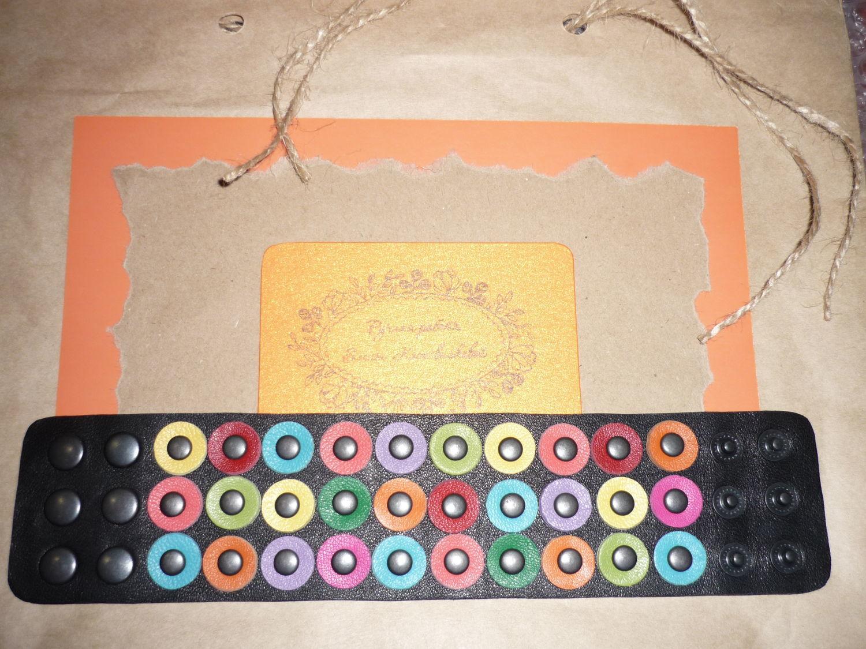 Photo №2 к отзыву покупателя Olga о товаре Браслет-манжета: Кожаный браслет Оливково-бронзовый