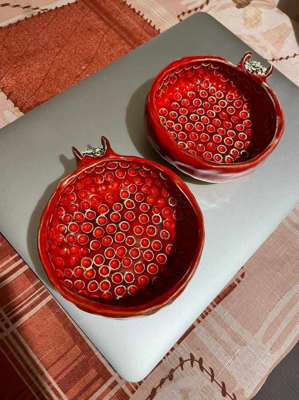 Фото №2 к отзыву покупателя Хатиашвили Анна о товаре Керамческая чашечка пиалка Гранат маленькая ручной работы