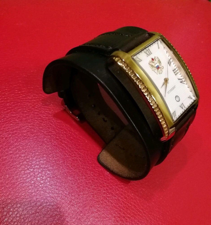 Photo №1 к отзыву покупателя VADIM Lunegov о товаре Кожаный ремешок для часов