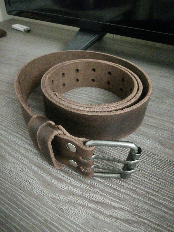 Фото №1 к отзыву покупателя Zhorik о товаре Добротный кожаный ремень из натуральной кожи Горький шоколад