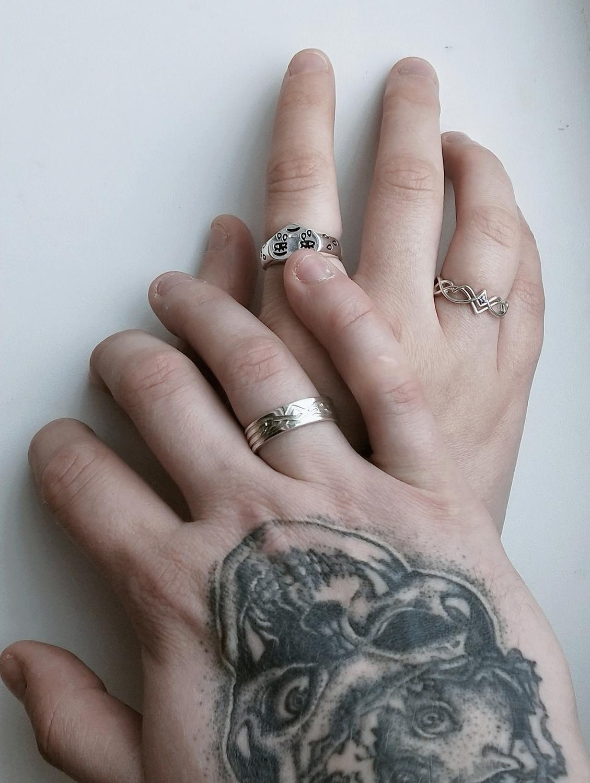Photo №1 к отзыву покупателя Zajtsev Kirill о товаре Парные обручальные кольца мужское и женское серебро (Об33)