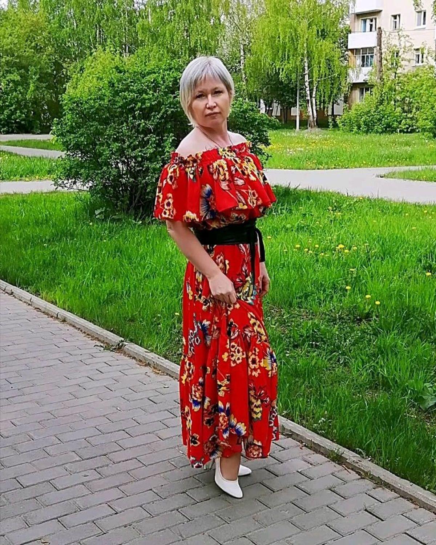 Фото №1 к отзыву покупателя Ботинки от Маринки о товаре Летнее платье , Французская длина
