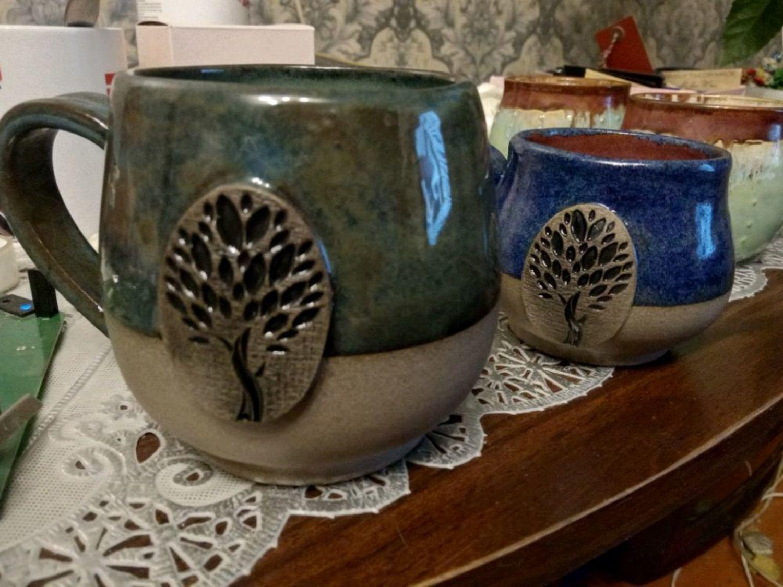 Фото №4 к отзыву покупателя Дарья о товаре Кружка керамическая ручной работы Медь и Мята