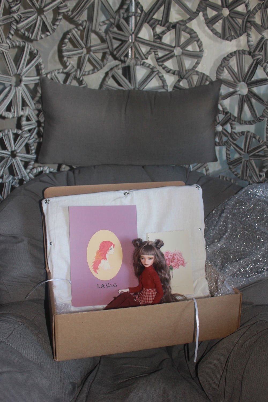 Фото №1 к отзыву покупателя Глобучик Ирина о товаре Авторская шарнирная кукла Мэй