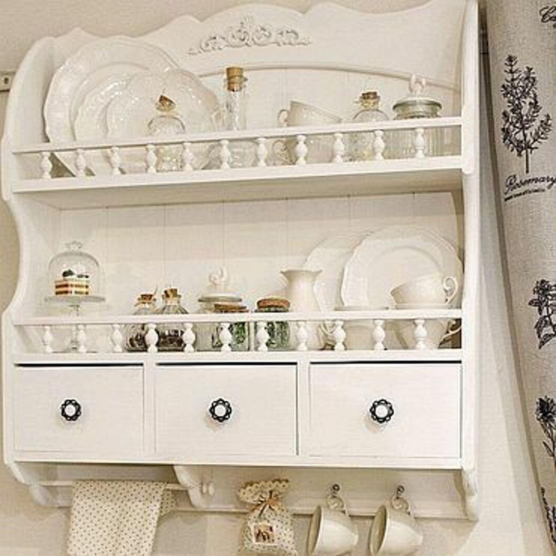 Photo №1 к отзыву покупателя Yuliya о товаре Полки: полка белая для посуды тарелок банок коллекции