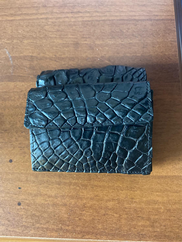 Фото №1 к отзыву покупателя Сергей о товаре Кошелек из кожи крокодила IMA0123B5