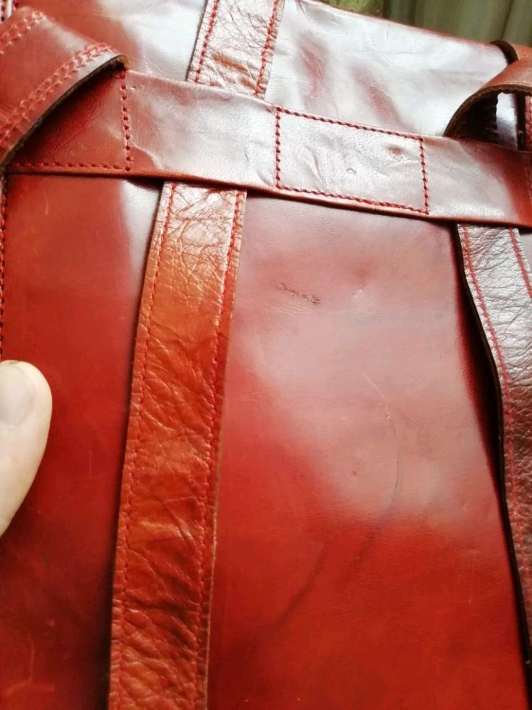 Фото №2 к отзыву покупателя Яковлев Дмитрий о товаре Кожаный бордовый рюкзак-трансформер