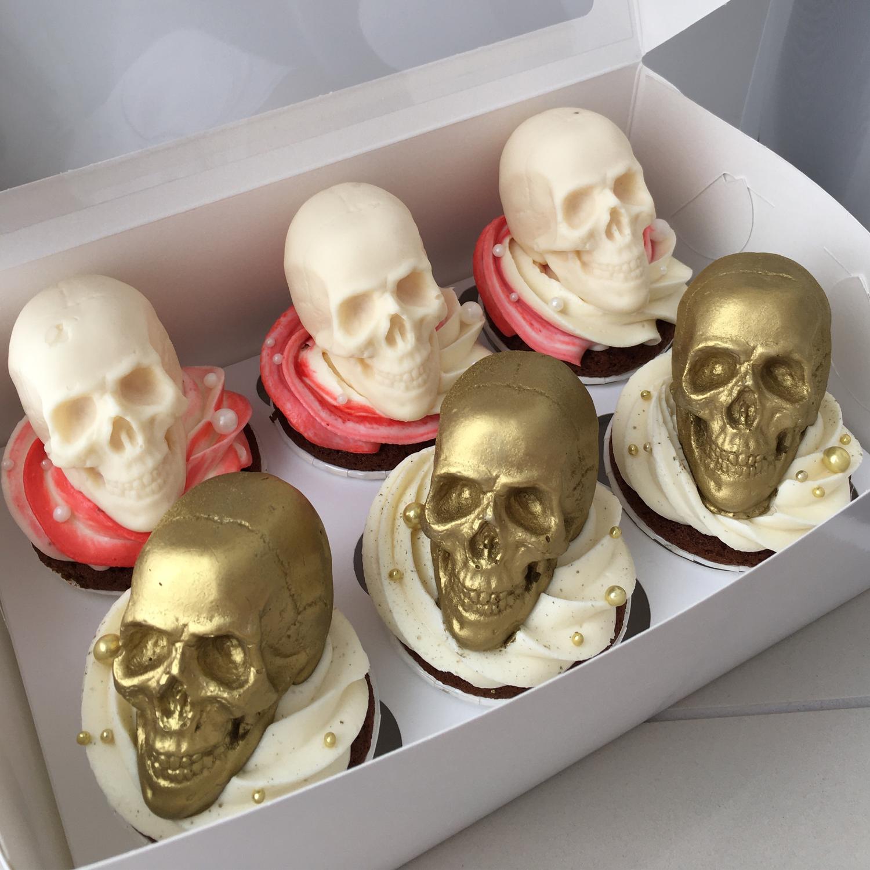 Фото №2 к отзыву покупателя Брусенцова Сабина о товаре Силиконовая форма для мыла Череп 3D