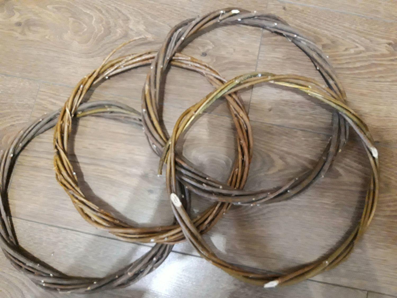 Photo №1 к отзыву покупателя ForSoulAndInterior о товаре Основа для венка или ловца снов из ивы, 20-29 см