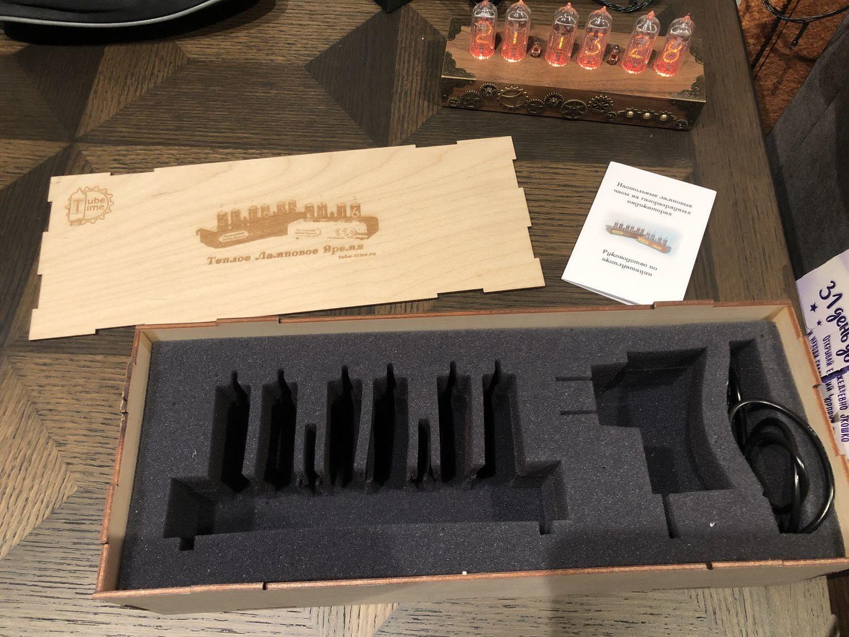 Photo №1 к отзыву покупателя Ivanovskaya Yuliya о товаре Ламповые настольные часы «Walnut SteamPunk Bronze 6»