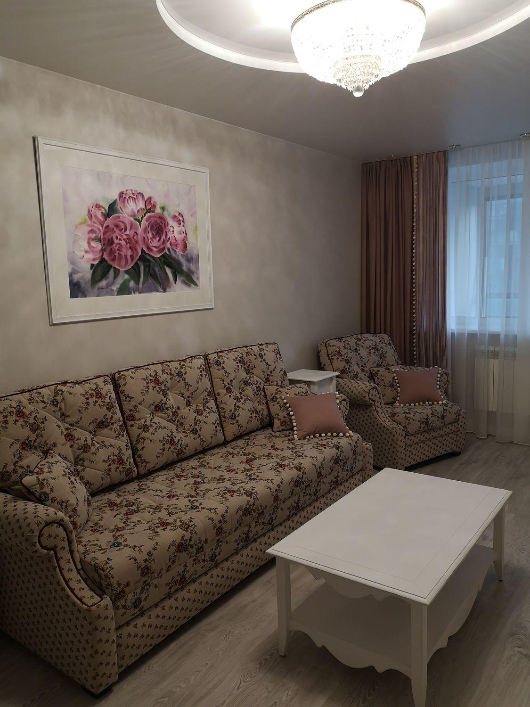 Photo №1 к отзыву покупателя Irina Ilyasova о товаре Розовые пионы картина акварелью с цветами в интерьер в стиле прованс
