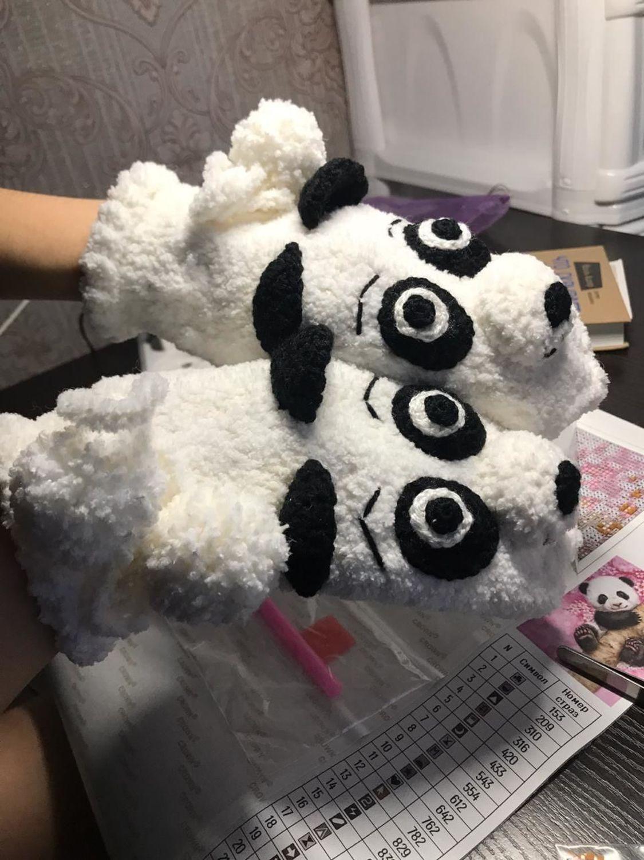 Photo №1 к отзыву покупателя Dubenskaya Irina о товаре Звероварежки - панда, лев (на заказ)