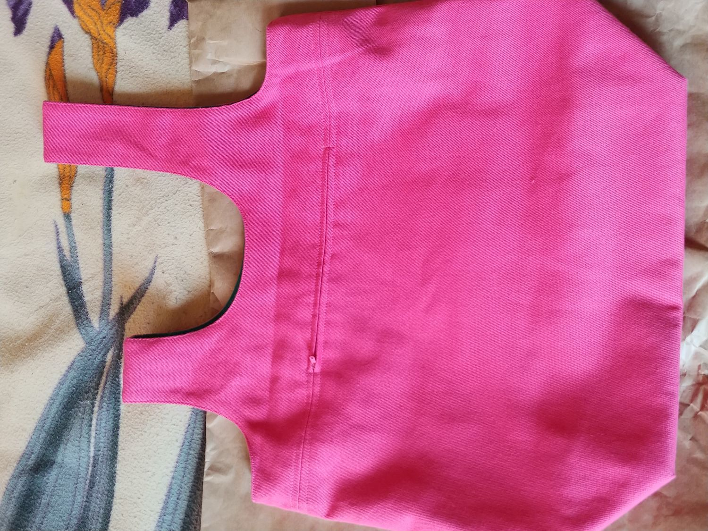 Фото №2 к отзыву покупателя Холина Светлана о товаре Проектная сумка для вязания большая с карманом на молнии Project bag