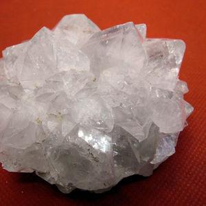Коллекционные кристаллы и друзы