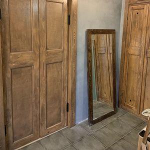 Крупное: мебель и двери