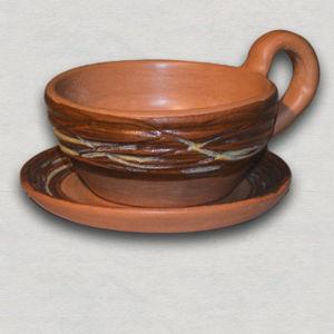 Керамические чашки и кружки