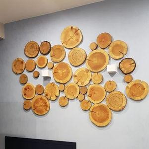 Декор стен спилами дерева
