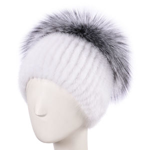 Женские меховые шапки на трикотаже