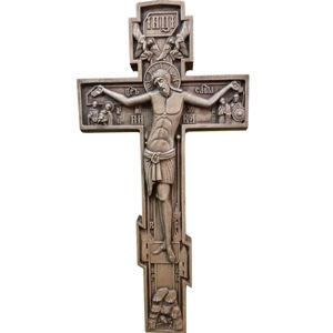 Резные кресты и распятия