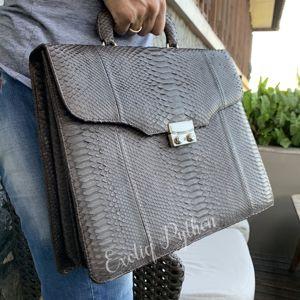 Мужские сумки из кожи питона