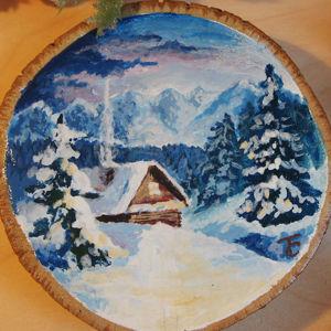 Деревянные спилы, роспись.