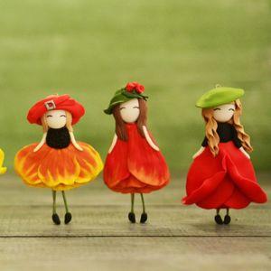 Цветочные девочки Броши
