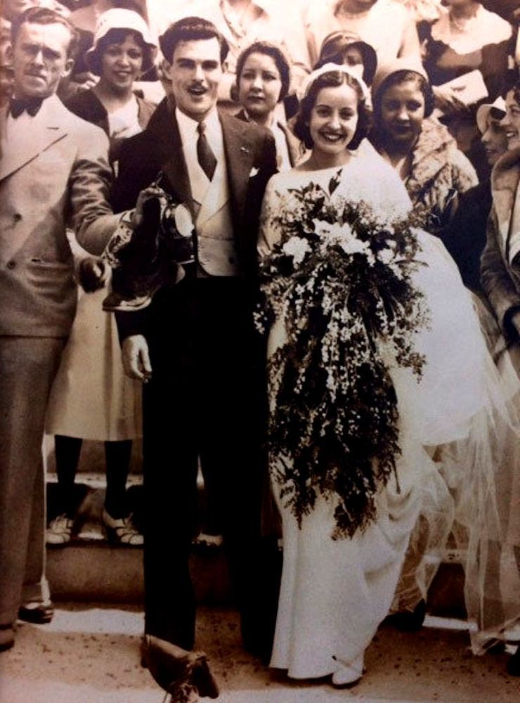 История одного свадебного платья 85 лет и 4 поколения женщин семьи выходят замуж в одном платье, фото № 1