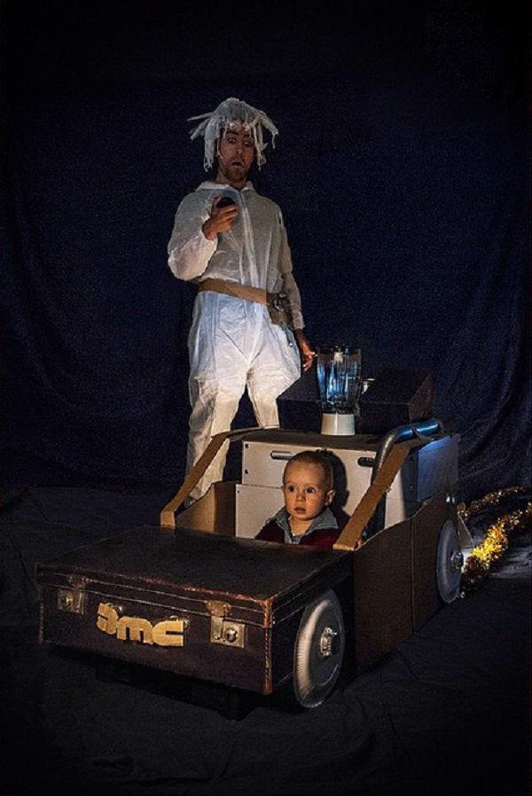 Что будет, если творческим людям дать много картонных коробок Лион Мэки и Лилли Лэнг — творческая семья киноманов, фото № 43